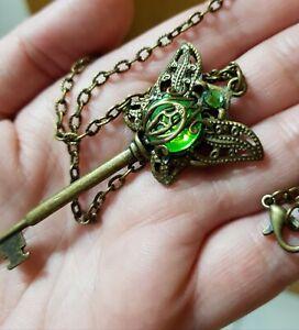 steampunk schlüssel Nostalgie gothic amulett kette Schmetterling Butterfly grün