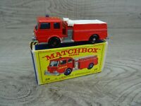 Matchbox Lesney Vintage 1966 No 29 Fire Pumper Truck Diecast Toy Car Boxed
