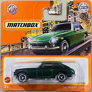 Matchbox 1971 MGB GT Coupe green Short Card