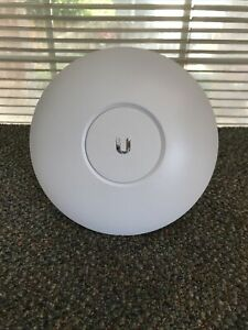 Ubiquiti Networks UAP-AC-PRO 1750Mbps Wireless Access Point - FREE SHIPPING