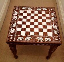 Mesa de ajedrez con incrustaciones de palo de rosa de India/elefantes Diseño con piezas de ajedrez