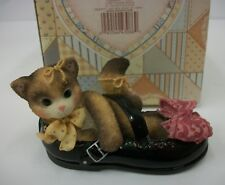 Enesco Calico Kittens Cat in Shoe Figurine I'll Be There Every Step of the Way