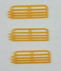 1/64 Standi 10' hog gate lot of 3 pieces custom farm display Yellow