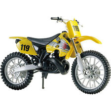 MAISTO 1:18 Suzuki RM250 MOTORCYCLE BIKE DIECAST MODEL TOY NEW IN BOX