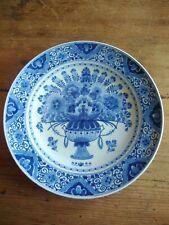Assiette en faience de Delft très beau décor bleu