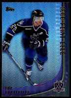 2000-01 O-Pee-Chee 1000 Point Club Luc Robitaille . #1000PC-10