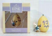 "Hallmark ""Eggspert Painter"" Bunny Rabbit Painting a Easter Egg Ornament 1992"