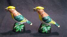 Vintage Great Crested Flycatcher Bird Pedestal Salt and Pepper Shaker         38