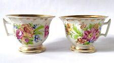 Paire de Limoges Tea Cups, peinte à la Main & Piped émail avec doré et fleurs