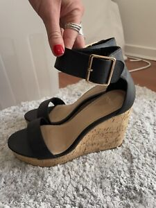 Novo Wedge Black Size 8