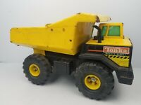 Vintage Tonka Mighty Diesel Dump Truck Pressed Steel XMB-975 construction 1980's