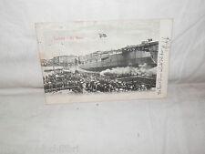 aa Vecchia cartolina foto d epoca di Livorno un Varo case persone bandiera