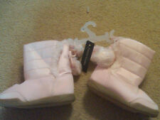 NWT TODDLER GIRLS PINK BOOTS WITH POMPOMS AND FAUX FUR SIZE 5 CUTE!!