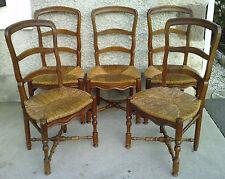 5 anciennes chaises style provencale brois fruitier chevillées paillage paillées