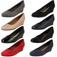 Ladies Clarks Vendra Bloom Suede Leather Wedge Heel Court Shoes UK 5 EU 38 Black Standard (d)