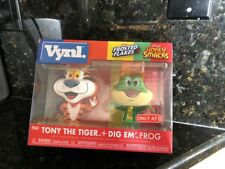 Funko Vynl Target Exclusive Tony The Tiger + Dig Em' Frog Combo Pack In Hand