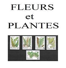 Série de 5 Timbres RUSSES       Thème: Fleurs et Plantes