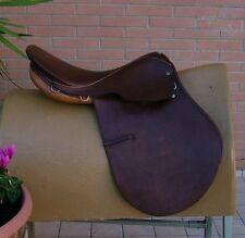 "Sella Inglese All Purpose Saddle Derby Courbette 17,5"" -"