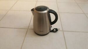 Breville BKE450XL 1.7L Stainless Steel Cordless Electric Kettle