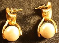 Golden and pearl Costume earings