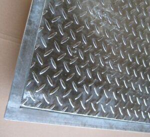 Stahl Schachtabdeckung verzinkt begehbar mit Rahmen Tränenblech Deckel rostfrei