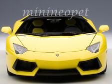 AUTOART 74699 LAMBORGHINI AVENTADOR LP700-4 ROADSTER 1/18 DIECAST MODEL YELLOW