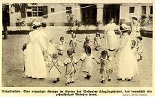 Ringelreihen im Garten des Westender Säuglingsheims c.1913