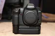 Canon EOS 5D Mark II 21.1MP Digital SLR Camera body with Grip and CF cards
