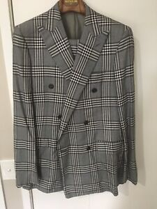 Gieves & Hawkes Prince Of Wales Navy Grey 85/15 Wool/Silk Double Br Suit Size 50