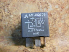OEM Mitsubishi AC COOLING FAN RELAY MR400709 replaces MR301978 TESTED WORKING