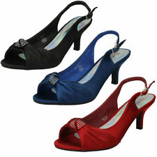 Spot on Textile Kitten Mid (1.5-3 in.) Women's Heels
