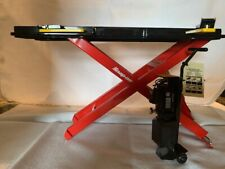 Snap-On Miniature Car Lift Rack with Auxiliary Equipment