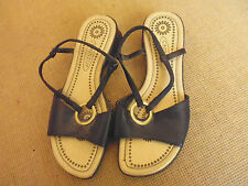 LADIES CUTE BLACK SYNTHETIC OPEN TOE WEDGE HEEL SANDALS BY CASSIDY- SIZE 7W