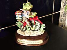 COLLECTABLE ADORABLE FIGURINE LEONARDO NOOK VILLAGE JAMES MONTAGUE FROG CYCLING