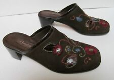 BRIGHTON Fiona Clogs Mules Shoes Brown Suede Embroidered Floral Brazil 8.5 M