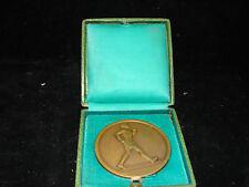 Joli ancienne médaille bronze, offert par le Petit Parisien, E. FRAISSE, coureur