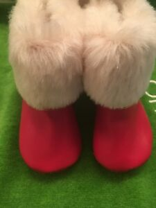 NWT BABY GAP Red Faux Fur Fold-over Booties 12-18 Months Boys or Girls