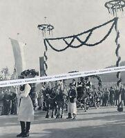 Fellbach - Festumzug in der Stadt  - um 1960               G 30-18