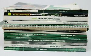 New York JETS NFL Football Yearbook Season Preview Book Lot of 18 w/ 2 Posters