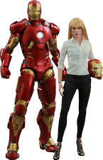 IRON MAN 3 - Pepper Potts & Mark IX 1/6th Scale Action Figure Set (Hot Toys)