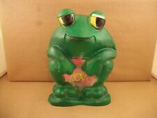 Vintage Love Frog Coin Plastic Bank 1971 by New York Vinyl Products Inc