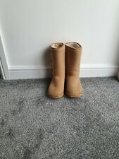 Ladies Knitted Boots