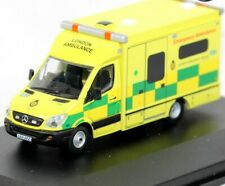 Oxford Emergency Ambulance London Ambulance Service 1/76 Diecast Model Car