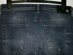 Diesel buster regular slim-tapered fit jeans wash 0833F stretch W32 L30 (a5181)