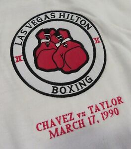 (LOT 2) JULIO CESAR CHAVEZ v MELDRICK TAYLOR Original 3/17/1990 Official SWEATER