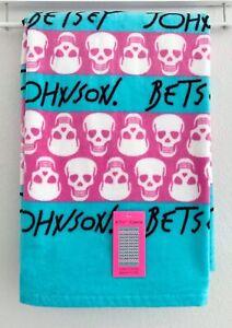 BETSEY JOHNSON Cotton Beach Towel Pink & Blue Striped w/ Skulls 2019 Style