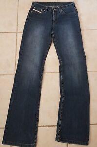 Diesel Industry womens stretch sz 29 Straight leg. Medium rise jeans