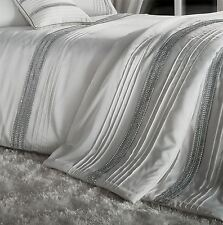 BANDED DIAMANTE PINTUCK STRIPES PEARL WHITE SILVER 240X260CM THROW BEDSPREAD