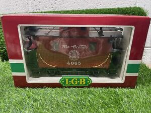 LGB 4065 Rio Grande 2 Axle Caboose Missing A Window.  Z2