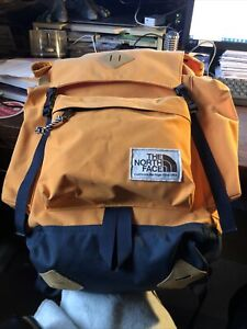 the north face men backpack Hydration Life61+